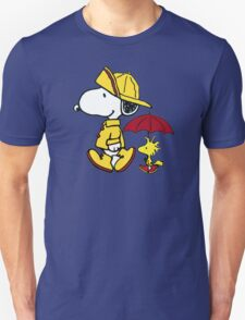 umbrella snoopy peanut Unisex T-Shirt