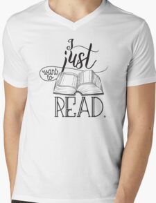 I Just Want To Read B&W Mens V-Neck T-Shirt
