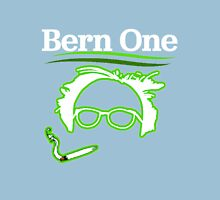 BERN ONE! Smoke 4 Bernie #feelthebern Unisex T-Shirt