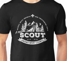 A real scout knows what counts Unisex T-Shirt