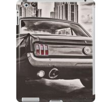FORD MUSTANG GT 60s iPad Case/Skin