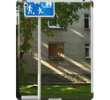 Residential zones traffic sign iPad Case/Skin