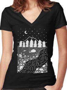 Wilderness Women's Fitted V-Neck T-Shirt