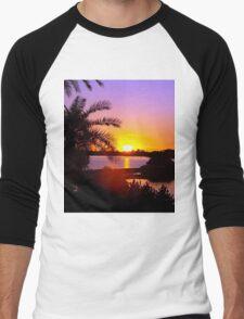 Sun's goodnight kiss Men's Baseball ¾ T-Shirt