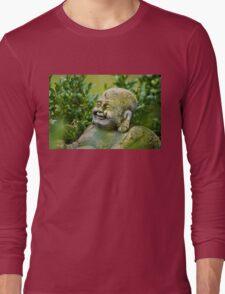 Buddah im Garten Long Sleeve T-Shirt