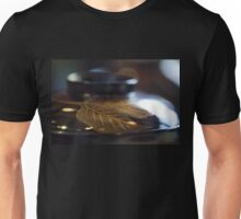 Lacquered bowl and cover - Japan Unisex T-Shirt