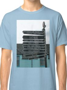 Signpost in Gaelic, Stornoway, Isle of Lewis, Scotland Classic T-Shirt