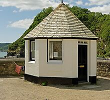 Old Harbourmaster Office, Charlestown by Rod Johnson