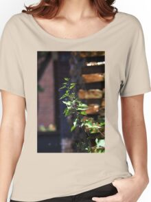 Plant Women's Relaxed Fit T-Shirt