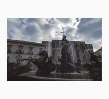 La Fontana di Diana - Fountain of Diana Silver Jets and Sky Drama One Piece - Short Sleeve
