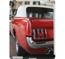 ford mustang, cabriolet classic car iPad Case/Skin