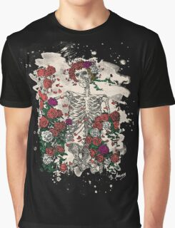 Skeleton & Roses - bleached look Graphic T-Shirt