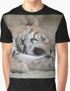 tiger in the jungla Graphic T-Shirt