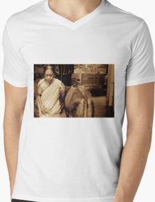 A Lady and a Cow Mens V-Neck T-Shirt