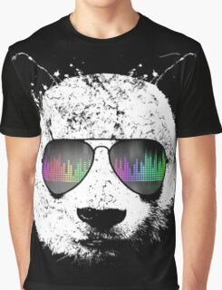 PANDA LOVES MUSIC  Graphic T-Shirt