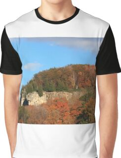Niagara Escarpment covered by trees. Graphic T-Shirt