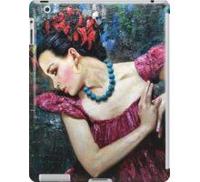 BLUE NECKLACE iPad Case/Skin