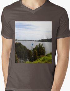 Lakes Entrance Victoria Mens V-Neck T-Shirt