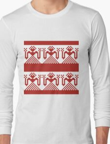 Knitted design pattern. Russian traditional motive. Long Sleeve T-Shirt