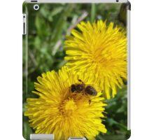 bee at work iPad Case/Skin
