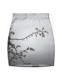 A tracery of branches Mini Skirt