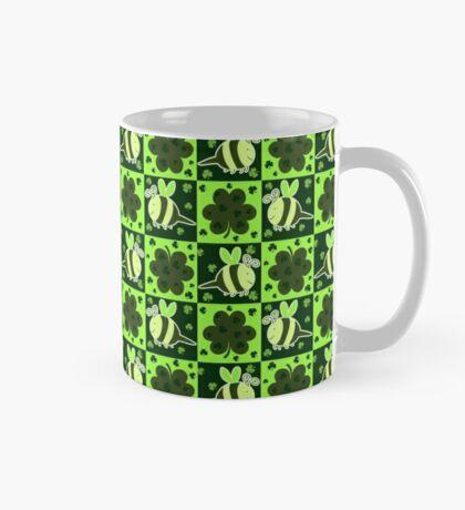Green Bee Clover Pattern Mug