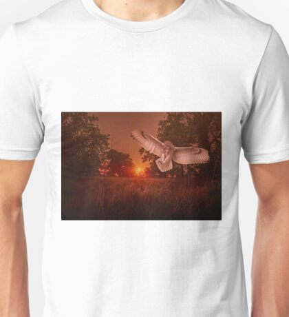 Owl Hunting Unisex T-Shirt
