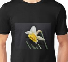 Lovely White and Yellow Daffodil Unisex T-Shirt
