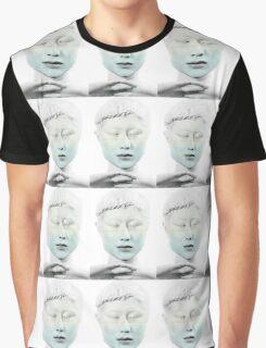 JAPAN'S LEAF  Graphic T-Shirt