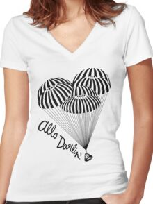 ALLO DARLING Women's Fitted V-Neck T-Shirt
