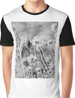 """""""WildFlower"""" Graphic T-Shirt"""