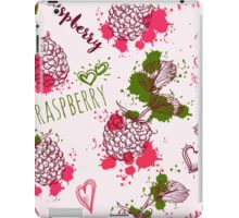 Seamless pattern with raspberry and splashes in watercolor style. iPad Case/Skin