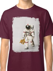 Space can be lonely Classic T-Shirt