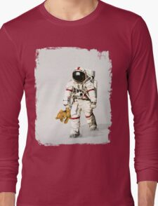 Space can be lonely Long Sleeve T-Shirt