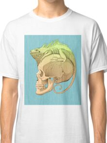 colorful illustration with iguana and skull Classic T-Shirt