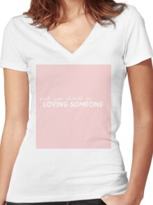 Loving Someone The 1975 Women's Fitted V-Neck T-Shirt