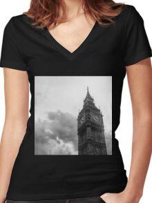 big ben Women's Fitted V-Neck T-Shirt