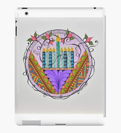 Hanukkah Menorah/3 - Feathers/3 iPad Case/Skin