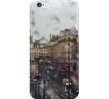 Paris sous la pluie iPhone Case/Skin