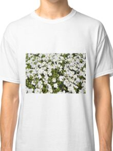 Beautiful pattern with white flowers in the garden. Classic T-Shirt