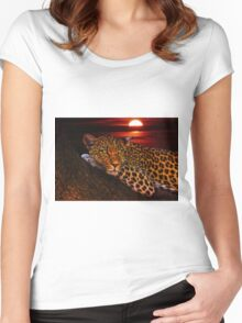 Leopard Women's Fitted Scoop T-Shirt