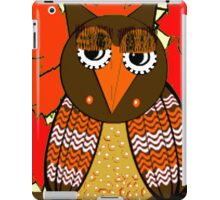 AUTUMN LEAVES AND MR. OWL iPad Case/Skin
