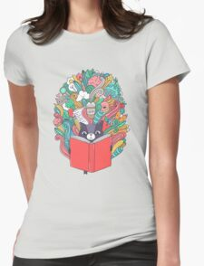 Cat reading a book. Womens Fitted T-Shirt