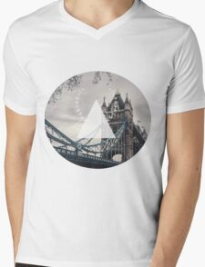 London Mens V-Neck T-Shirt