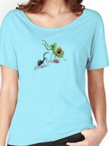 Praying Mantis Vs Black Widow Women's Relaxed Fit T-Shirt