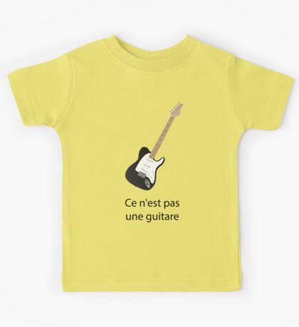 Ce n'est pas une guitare Kids Tee