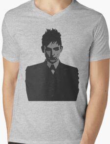 Penguin portait - Gotham Mens V-Neck T-Shirt