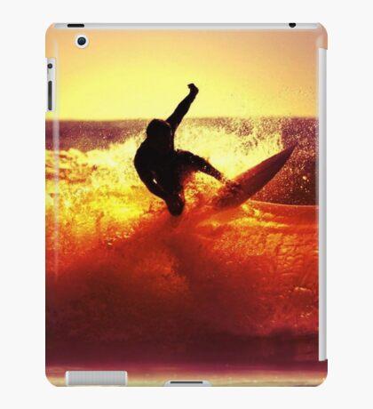 Catching Waves surf iPad Case/Skin