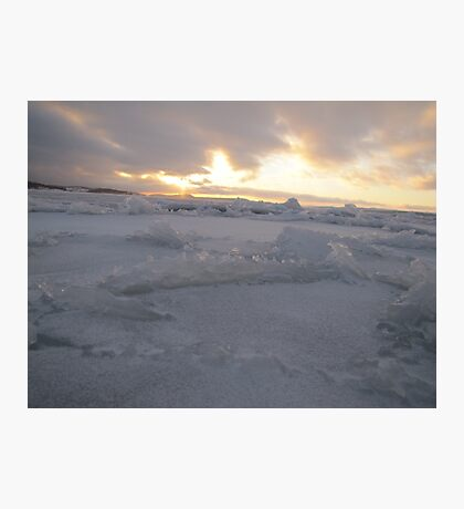 icy ocean view with sun Photographic Print