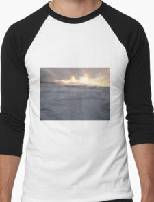 icy ocean view with sun Men's Baseball ¾ T-Shirt